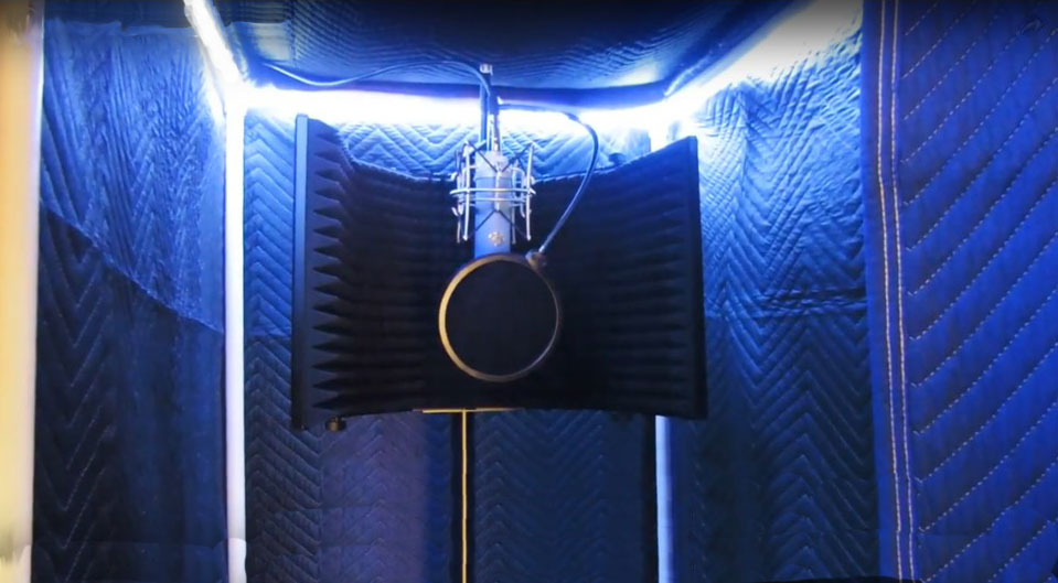 Vocalbooth-PVC Frame and acoustic shield